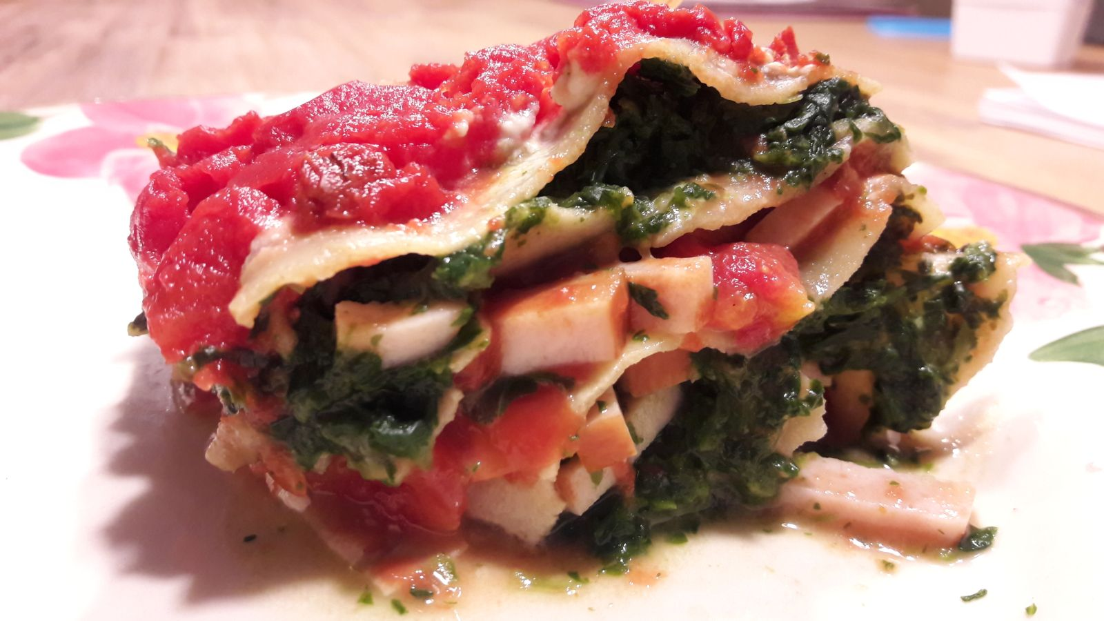 Lasagne met gerookte kip en spinazie