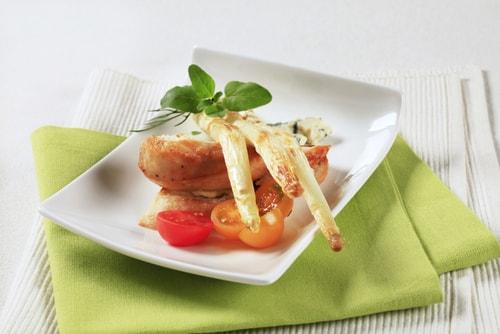 Kip met asperges
